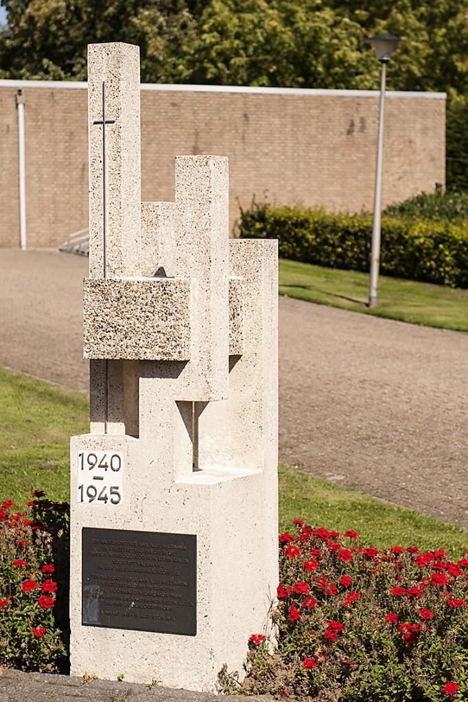 908a Oorlogsmonument, begraafplaats